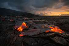 <h5>Emergence</h5><p>Lava flow at the 61G site - Kilauea, Hawai'i																																																																																																																							</p>