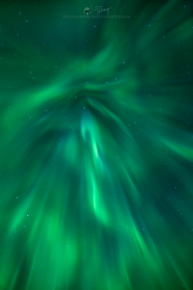 <h5>Mystique</h5><p>Looking straight up in the heart of the Aurora Borealis																																																																																																																																																																																																														</p>